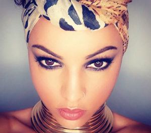 COACH Beauté Noire et Produits Makeup